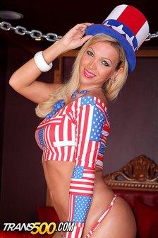 Gorgeous Carla salutes America in a hot new masturbation scene